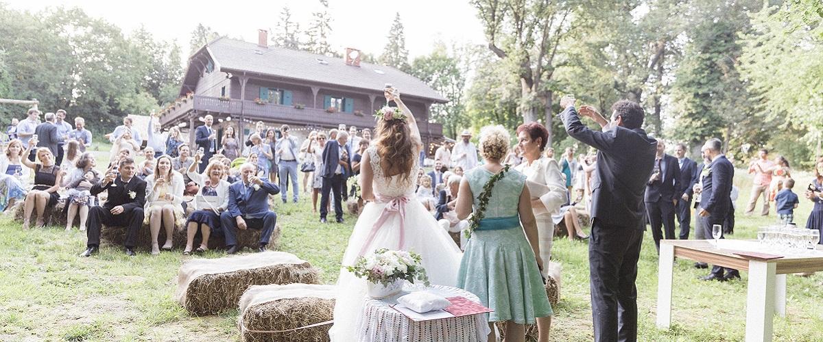 eskuvo-gezahaza-bakony-erdei-lagzi-csesznek-rusztikus-esküvő